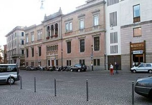 padova-piazza-eremitani